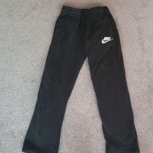 Nike boys med.  Black pants
